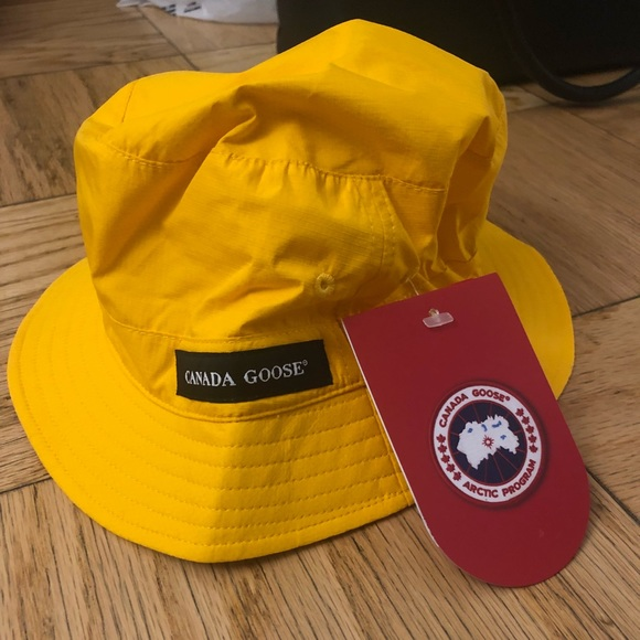 Canada Goose Bucket Hat Yellow Rare 4343d371110